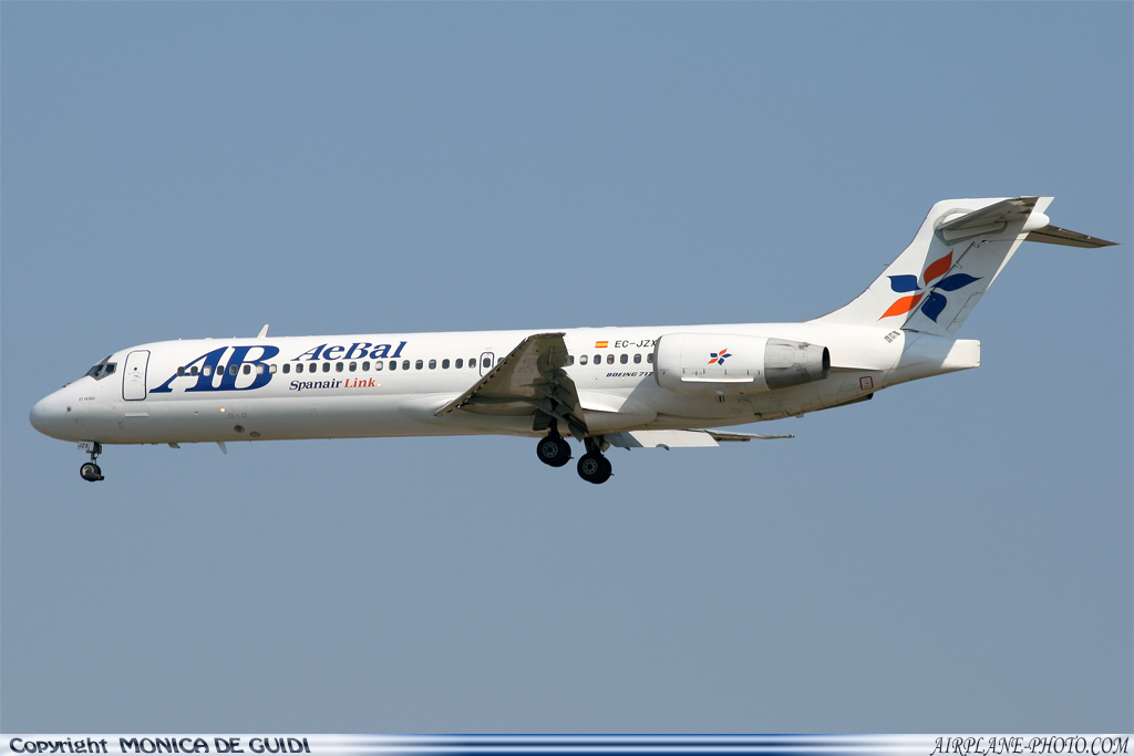 Photo AeBal (Spanair Link) Boeing 717-23S