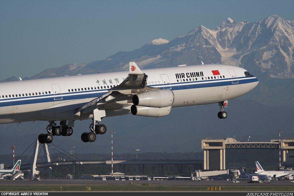 Photo Air China Airbus A340-313X