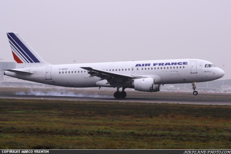 Photo air france airbus a320 111 for Airbus a320 air france interieur