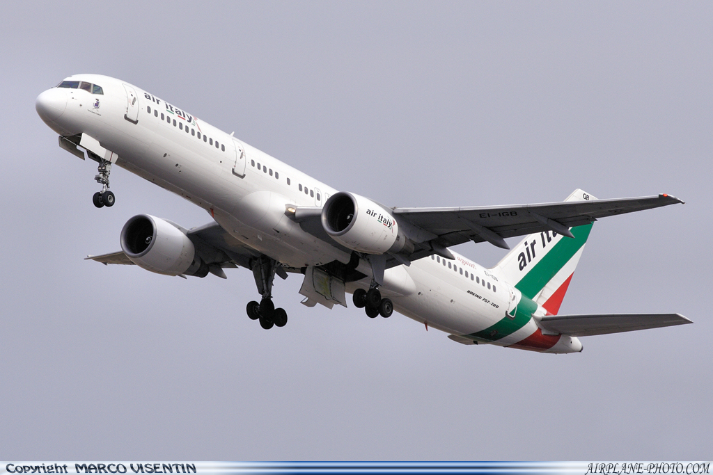 Photo Air Italy Boeing 757-230