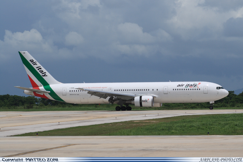 Photo Air Italy Boeing 767-304/ER