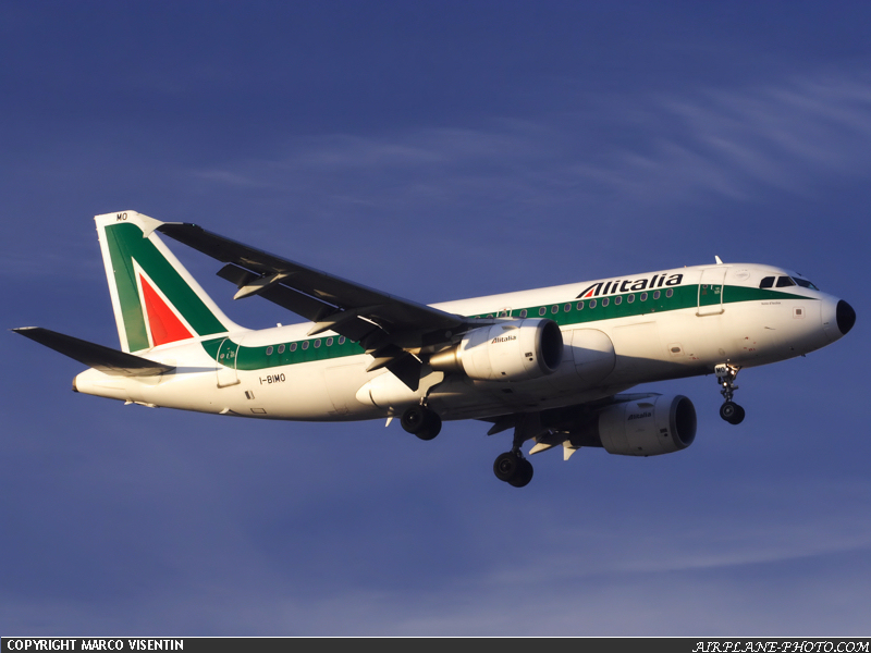 Photo Alitalia Airbus A319-112