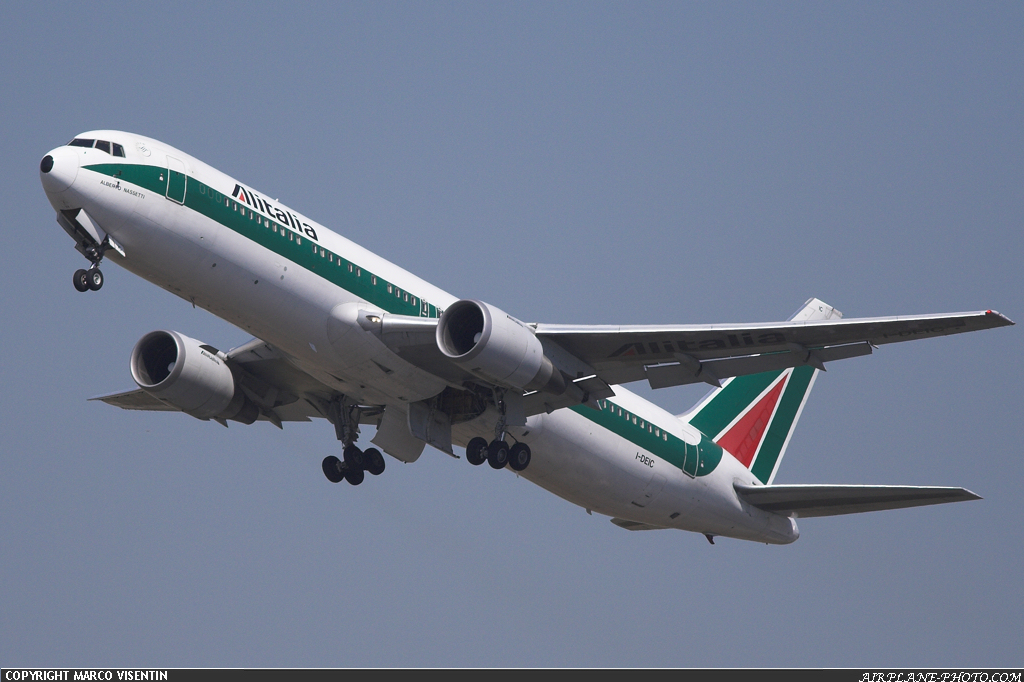 Photo Alitalia Boeing 767-33A/ER