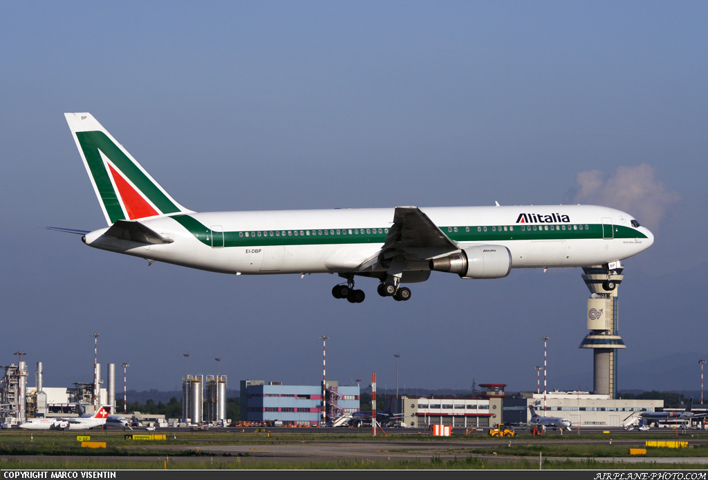 Photo Alitalia Boeing 767-35H/ER
