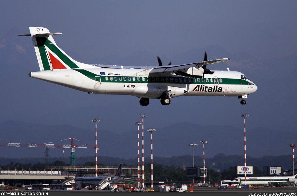 Photo Alitalia Express ATR ATR-72-212