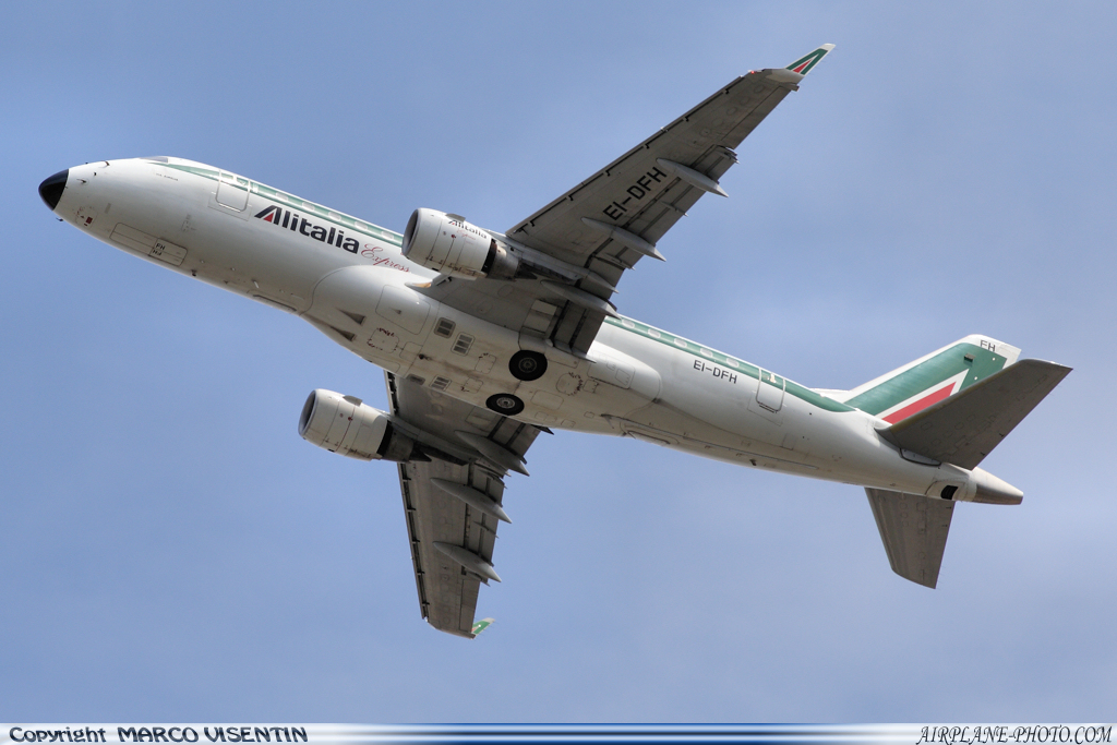 Photo Alitalia Express Embraer ERJ-170-100LR 170LR