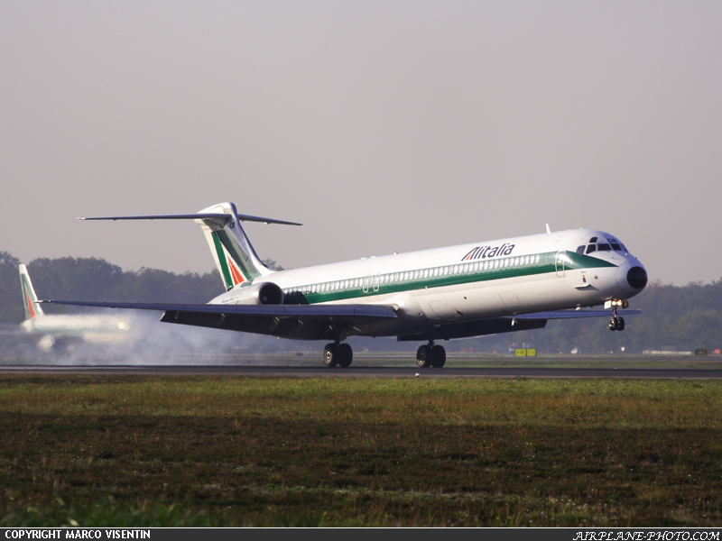 Photo Alitalia McDonnell Douglass Super 80