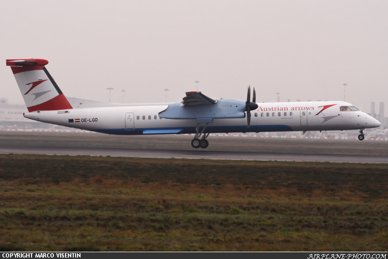 Photo Austrian Arrows De Havilland Canada DHC-8-402Q Dash 8