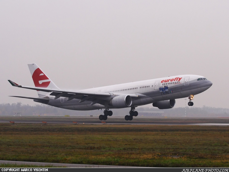 Photo Eurofly Airbus A330-200