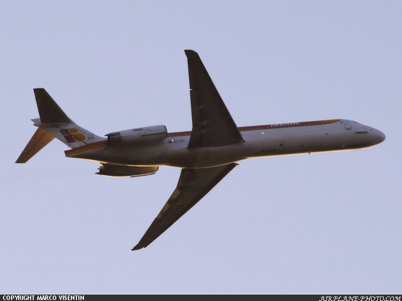 Photo Iberia McDonnell Douglas MD-87 (DC-9-87)