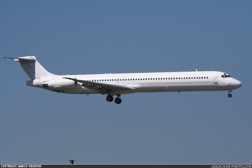 Photo JetX McDonnell Douglas MD-82 (DC-9-82)
