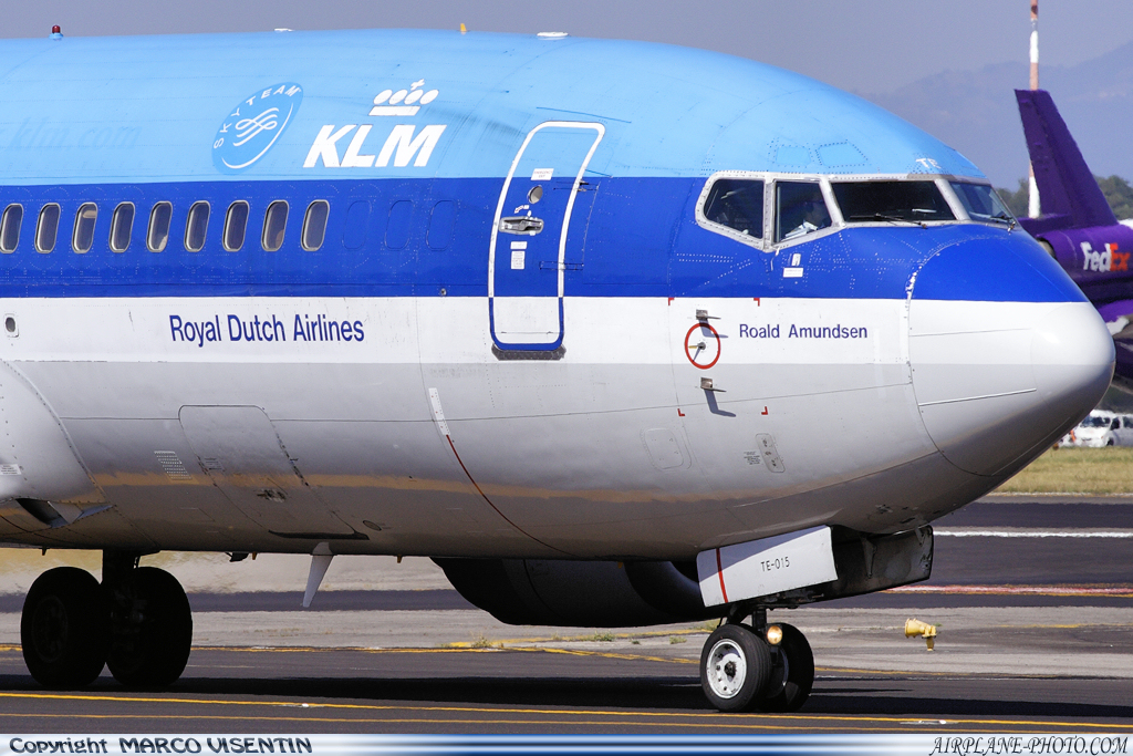 Photo KLM Royal Dutch Airlines Boeing 737-306