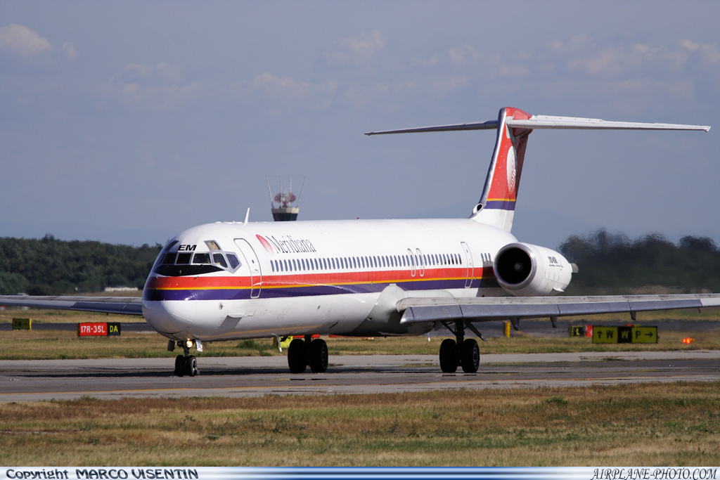 Photo Meridiana McDonnell Douglas MD-82 (DC-9-82)