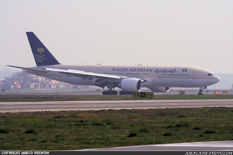 Photo Saudi Arabian Airlines Boeing 777-268/ER