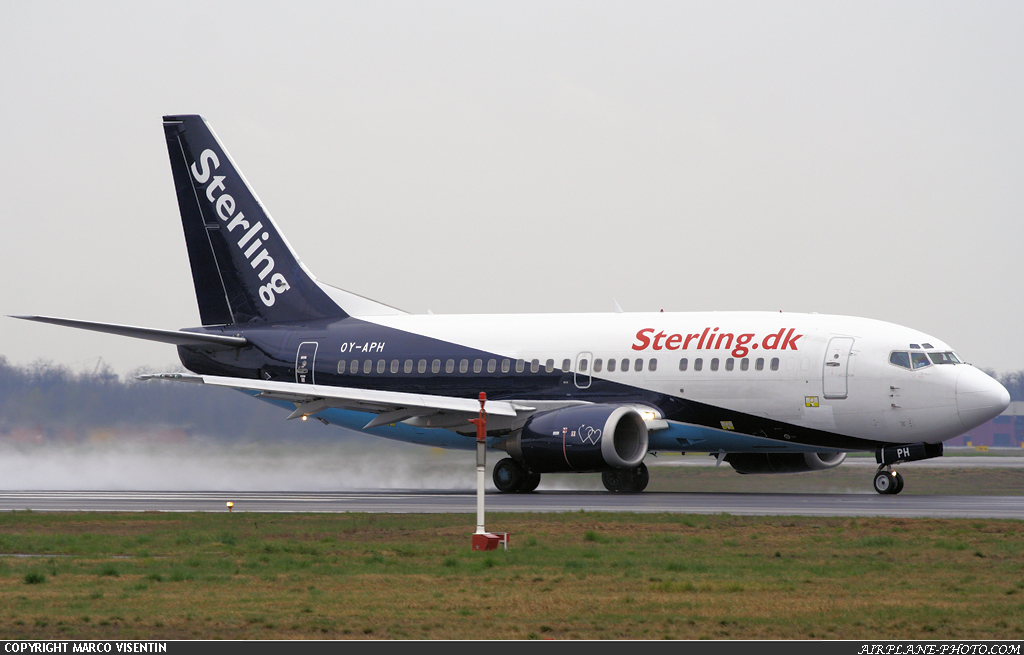 Photo Sterling Airlines Boeing 737-5L9