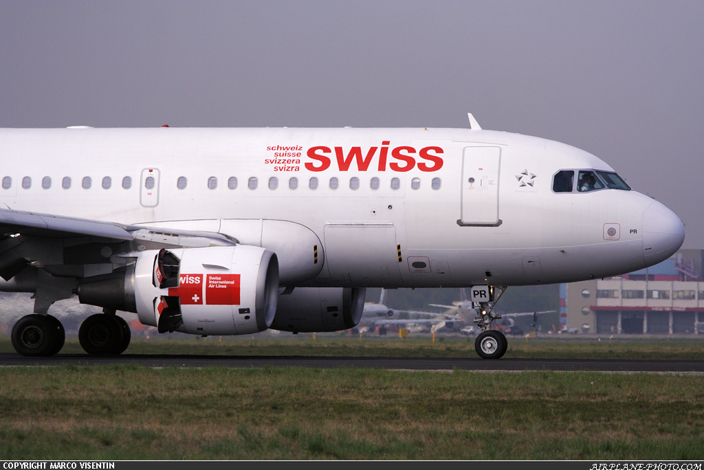 Photo Swiss International Air Lines Airbus A319-112